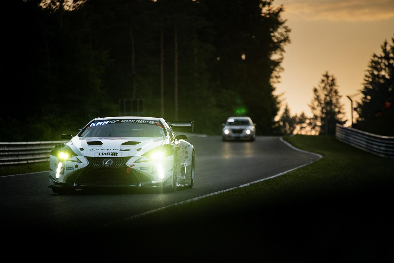"""لكزس LC  تحقق المركز الأول  في سباق """"نوربورغرينغ للتحمل 24 ساعة"""""""