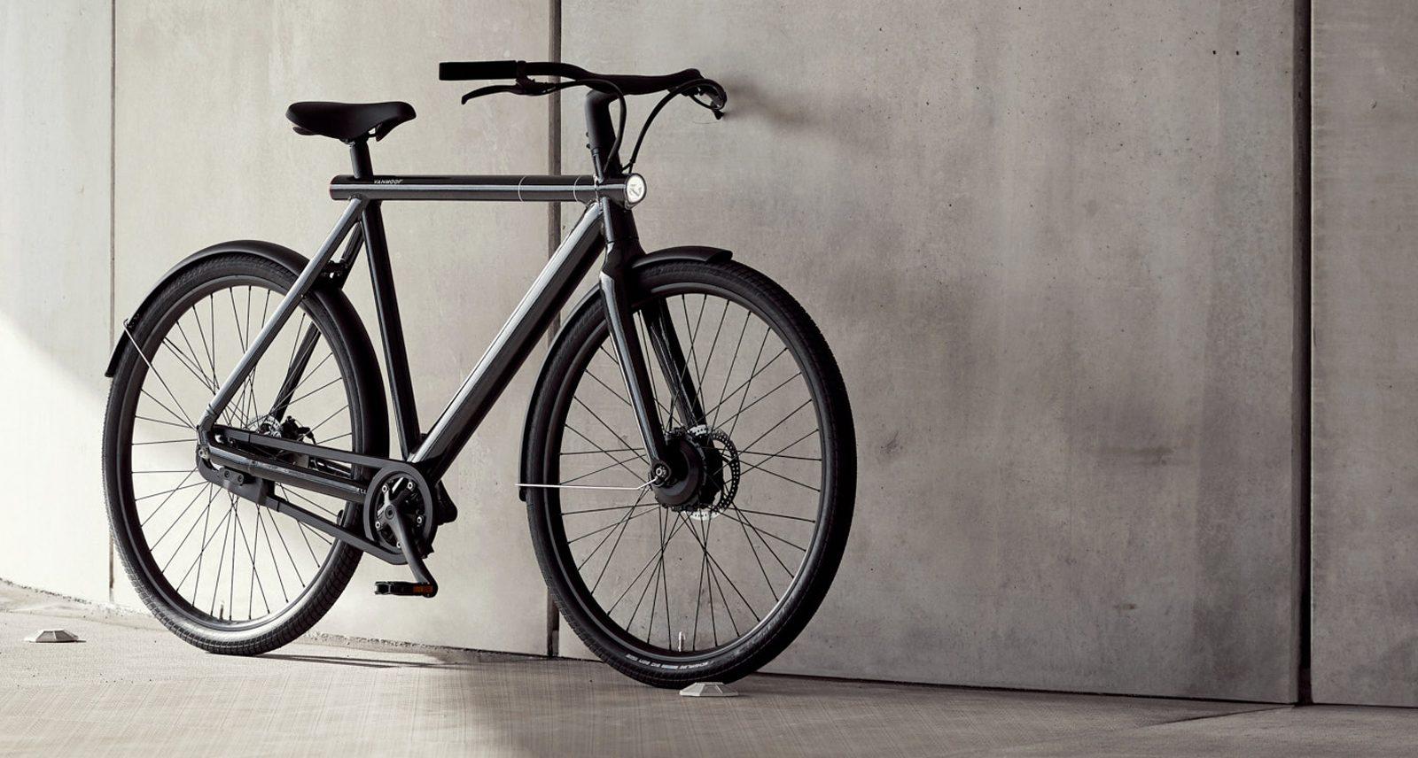 VanMoof's S2 Is the Undisputed Tesla of E-Bikes