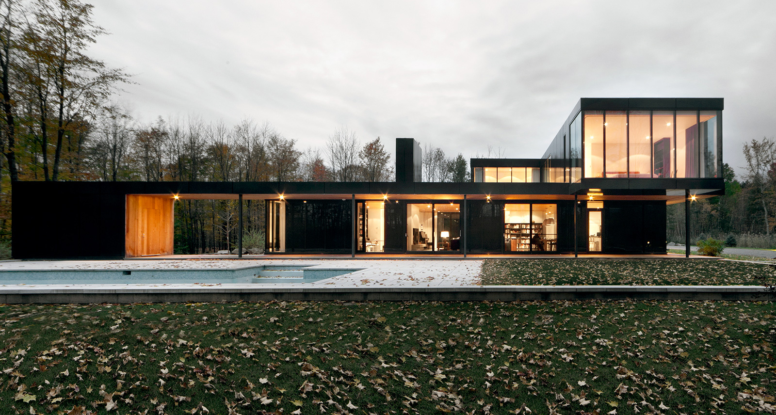 Could This Modern Quebec Wonder Be the Perfect Family Cottage?