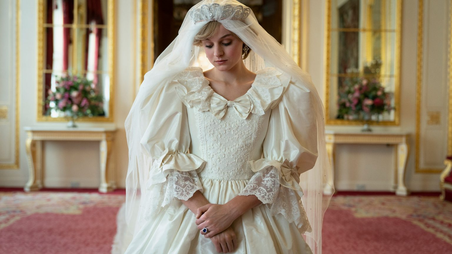 """The Crown Costumes Move """"From Forensic Accuracy to Flights of Fancy"""" Says Amy Roberts- This Is What We Are Reading For Your"""